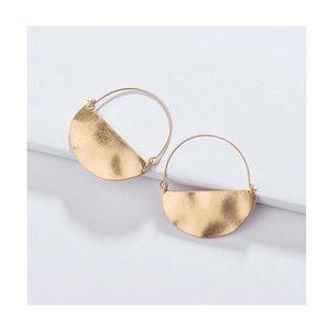 ANTHROPOLOGIE Half Moon Earrings 🌗